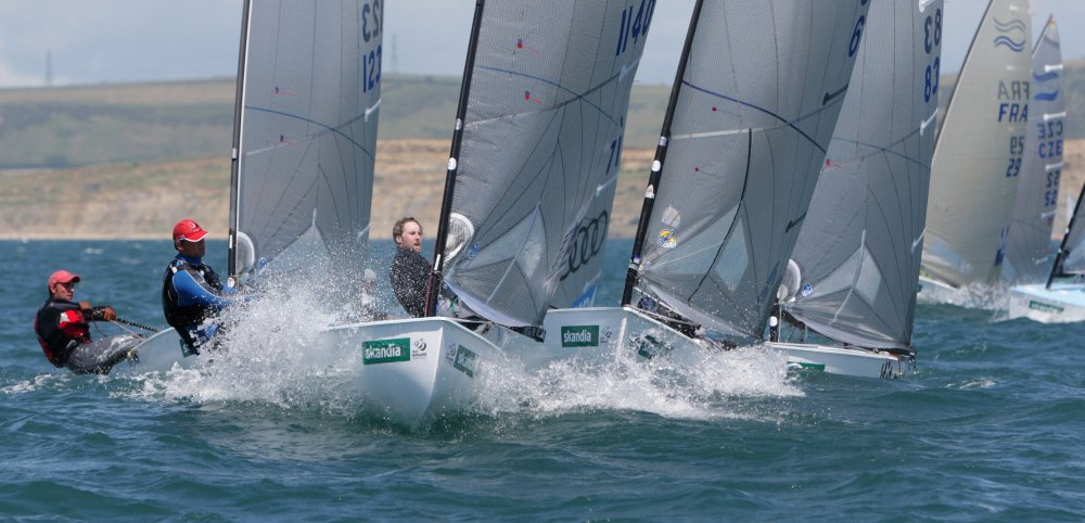 Caleb Paine leads a group round the windward mark
